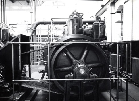 Campden Hill Water Works 1965  interior 628.14 CAM 003