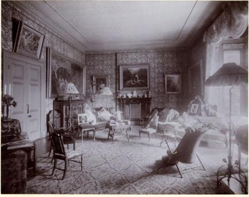 007 sitting room b